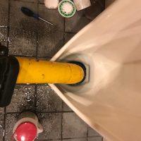 静岡市清水区草薙 小便器ローポンプ作業