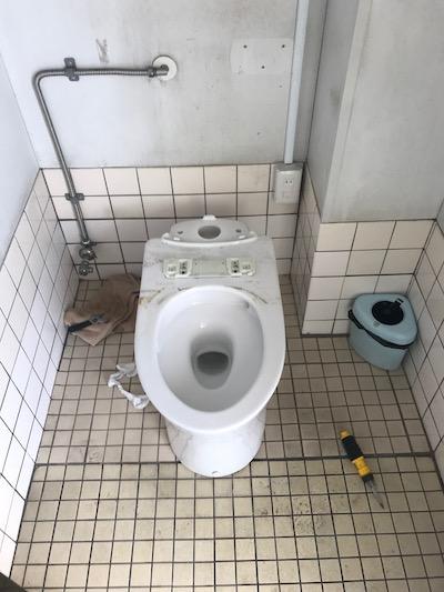 静岡市 店舗洋式トイレ詰まり修理