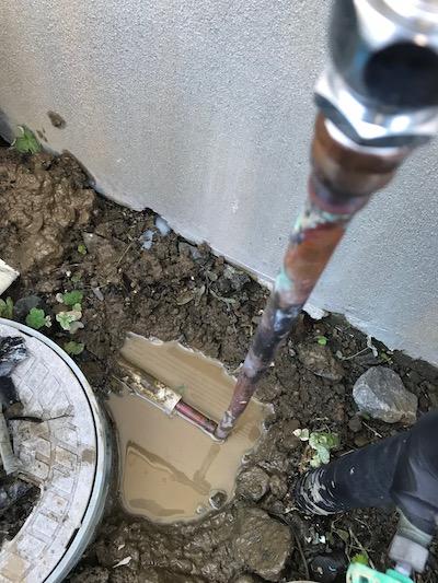 静岡市 給湯器配管水漏れ修理