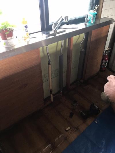 静岡市 台所給水管水漏れ修理
